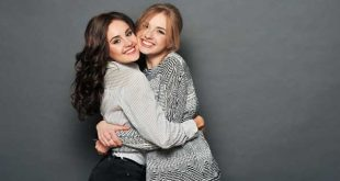 Catch the cuddle bug - hugging health benefits