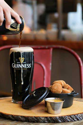 Badly poured pint of Guinness upsets online community