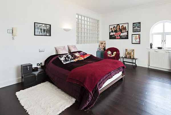 Niall Horan's Co Westmeath mansion bedroom