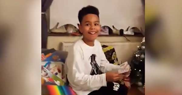 Irish boy overjoyed with surprise tickets to see his idol Bruno Mars
