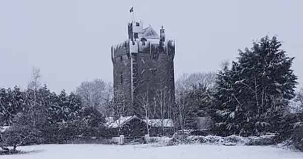 Take a look inside this Irish castle – the most highly rated accommodation in Airbnb history