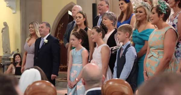 Wedding guests surprise couple with beautiful rendition of Stand By Me