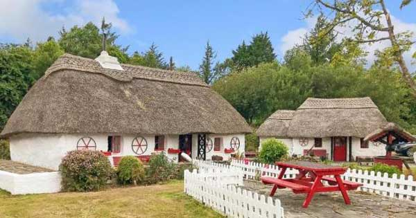 Take the tour of this beautiful 17th century thatched roof cottage
