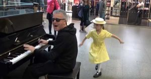 Piano player delighted to be joined by little dancing superstar
