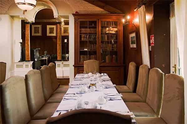 Ballinacurra House dining-table