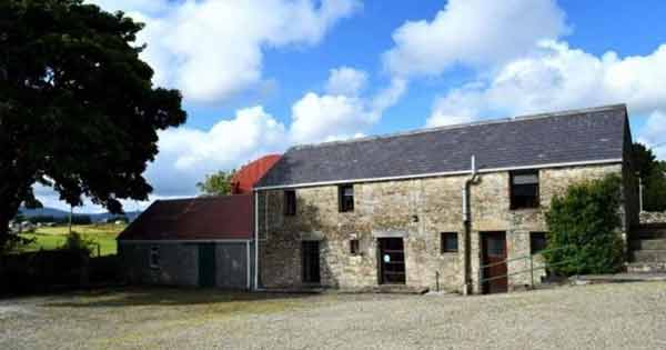 Donegal farmhouse stone hostel