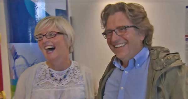 Couple re-united after 29 years in incredibly emotional scene